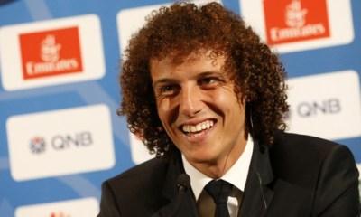 """David Luiz """"je suis chanceux de jouer dans cette équipe"""""""