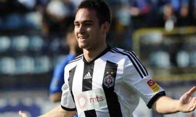 """Le Partizan Belgrade n'a pas d'offre """"de la part du PSG"""" pour Zivkovic"""