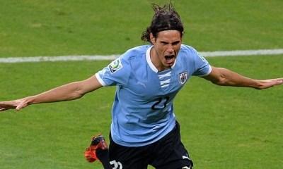 Cavani permet à l'Uruguay de s'imposer 3-1 en inscrivant un doublé