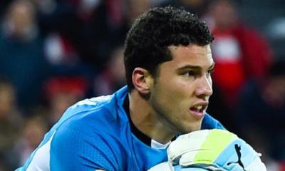 """David Soria, gardien de Séville, remercie Emery et veut lui """"souhaiter bonne chance"""""""