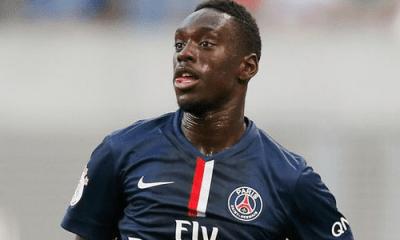 """Augustin """"le PSG n'a pas prévu de laisser filer son attaquant cet été"""", selon le Parisien"""