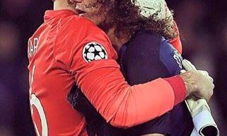 Les images partagées par les joueurs du PSG ce jeudi Trapp salue David Luiz