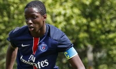 """Mahamadou Dembélé, signature du contrat professionnel """"en bonne voie"""""""