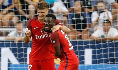 L'ancien joueur de Saint-Etienne Hérita Ilunga préfère Aurier à Meunier