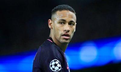 """Neymar """"tout a changé radicalement dans sa vie"""", explique un journaliste d'UOL Esporte"""