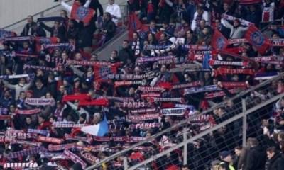 """Bayern/PSG - Bagarre entre supporters parisiens et munichois, ces derniers ont """"attaqué"""" relaie Le Parisien"""
