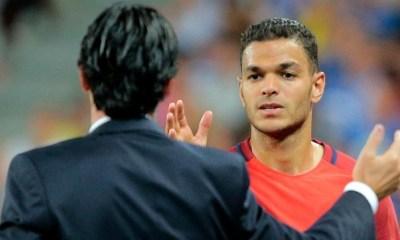 """France Football imagine Ben Arfa """"rester à Paris et finir par s'y imposer"""""""