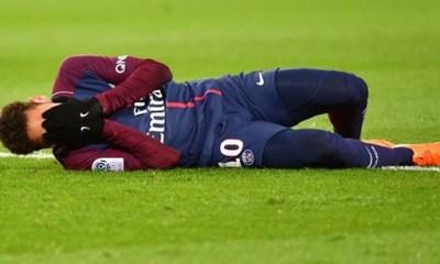 Neymar opération blessure cheville