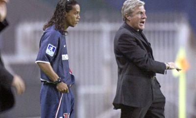 Anciens - Ronaldinho explique que c'était à Fernandez de le respecter, ce dernier répond