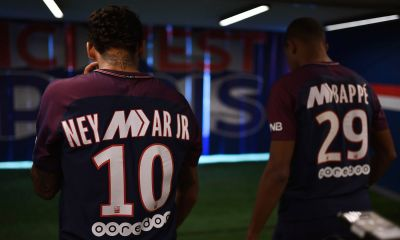 Des maillots de Neymar et Mbappé vendus aux enchères