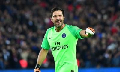 """Buffon """"Cavani n'est pas insensible à Naples, mais il veut atteindre la Ligue des Champions avec nous jusqu'au mois de juin"""""""