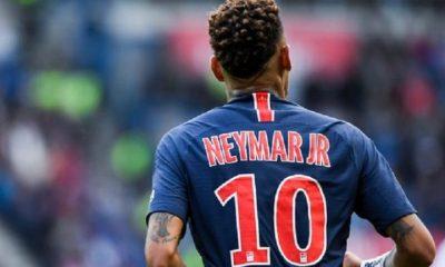 Le Brésil rappelle que c'est le PSG qui décide pour Neymar, entre l'opération et l'injection