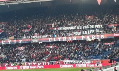 La banderole des supporters du PSG contre la décision de la LFP de sanctionner le FC Nantes