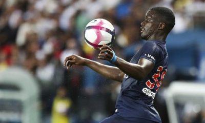 Nsoki dans un conflit de représentants et proche de l'OGC Nice explique RMC Sport