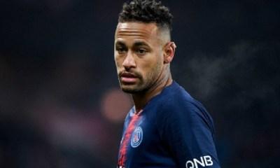 """Le PSG """"soupçonne le Barça d'avoir monté 'un soap opera'"""" autour de Neymar, indique le Journal du Dimanche"""