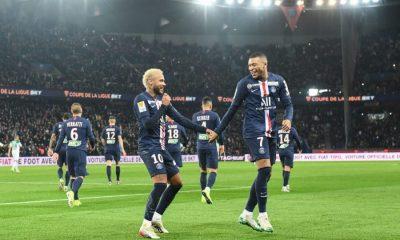 La célébration de Neymar et Mbappé pendant PSG/Saint-Etienne pour répondre à la polémique