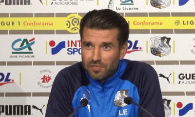 """Amiens/PSG - Elsner espère que son équipe ne va pas trop """"réfléchir"""""""