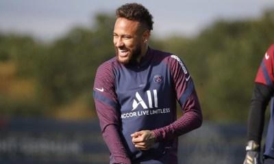 Les images du PSG ce lundi: Reprise de l'entraînement et anniversaire de la signature de Neymar