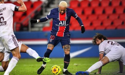 Les images du PSG ce samedi: Match nul face à Bordeaux et hommage à Maradona