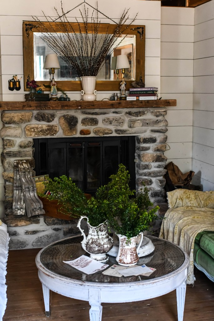 Spring Farmhouse Home Tour