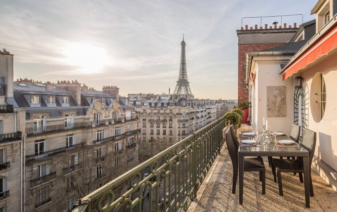 6 Paris Perfect Stays With Eiffel Tower Views