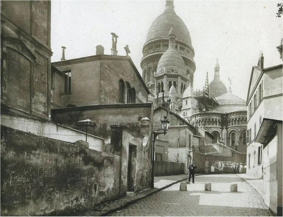 Montmartre et la rue du Chevalier de La Barre en 1913