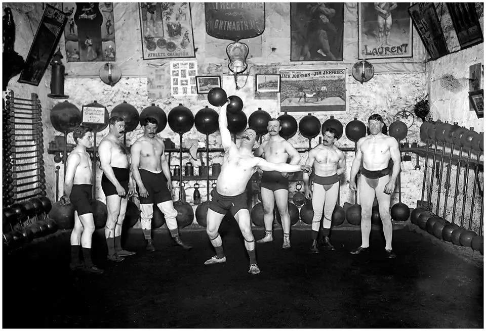 le cercle athletique de Montmartre en 1913