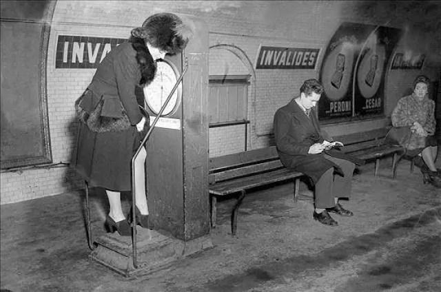 ancien-pèse-personne-metro-parisien