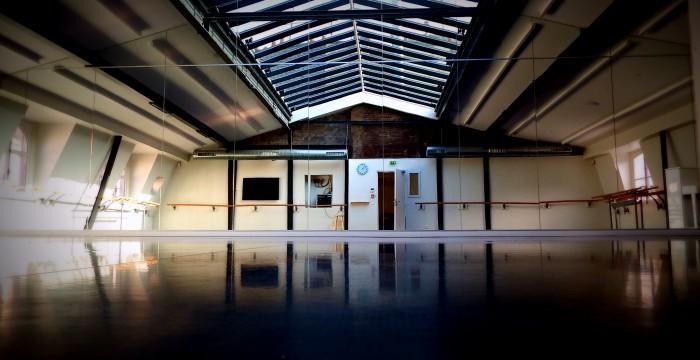 LElephant Paname Une Salle De Danse Mais Aussi Un Lieu D