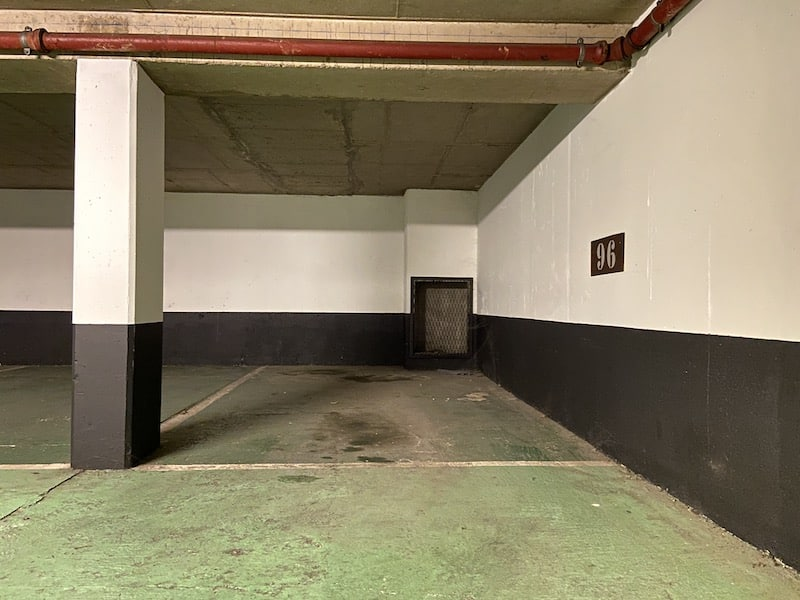 A vendre : Parking Hotel de Bonneval Parkagence