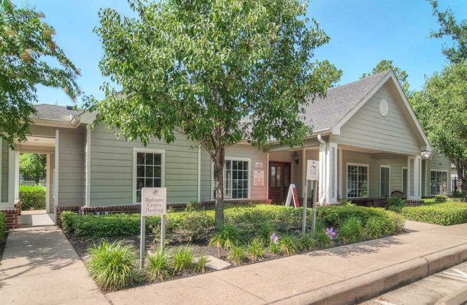 Park At Woodwind Lakes Apartments For