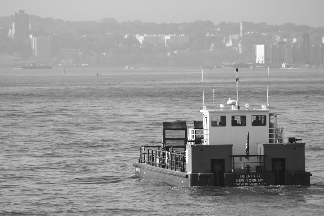 statue-of-liberty-boat