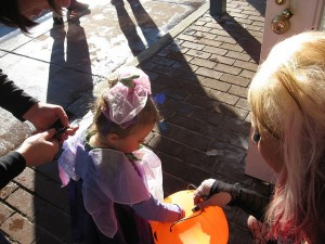 Trick or Treat on Mainstreet volunteer in parker