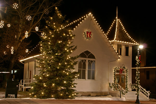 Ruth Chapel Mainstreet Parker Colorado at Christmas