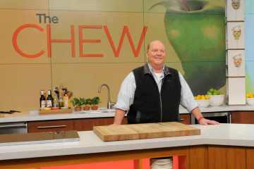 rs 1024x759 171211075124 1024.Mario Batali The Chew JR 121117