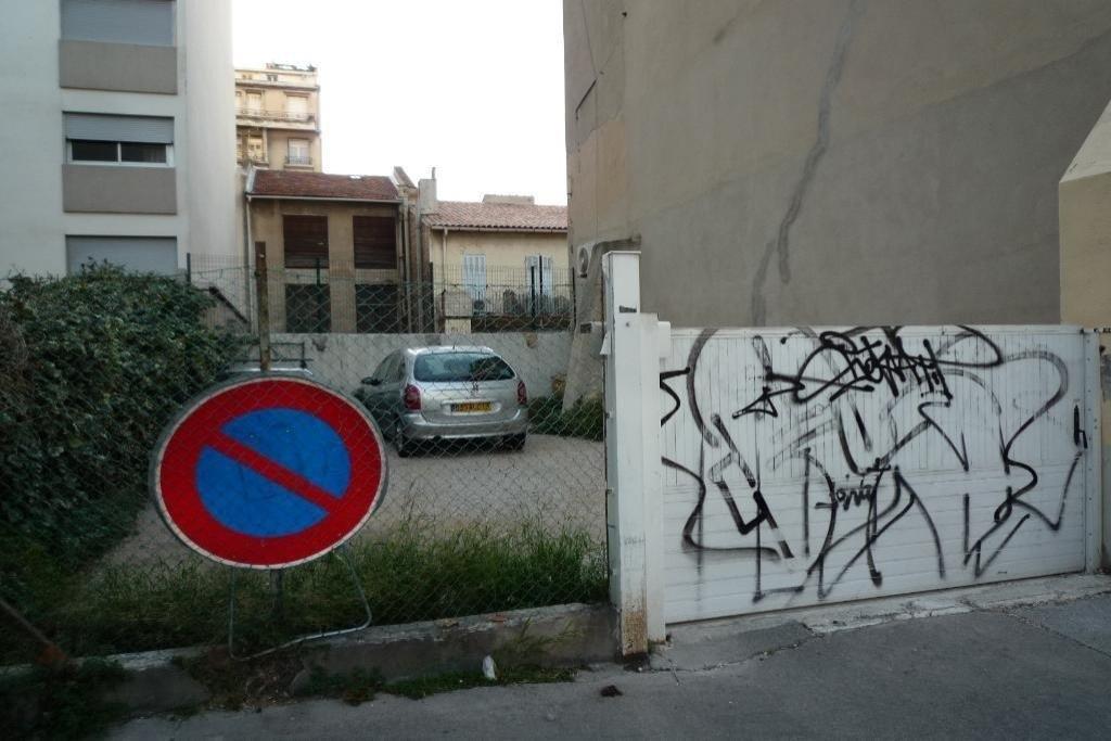 location parking castellane