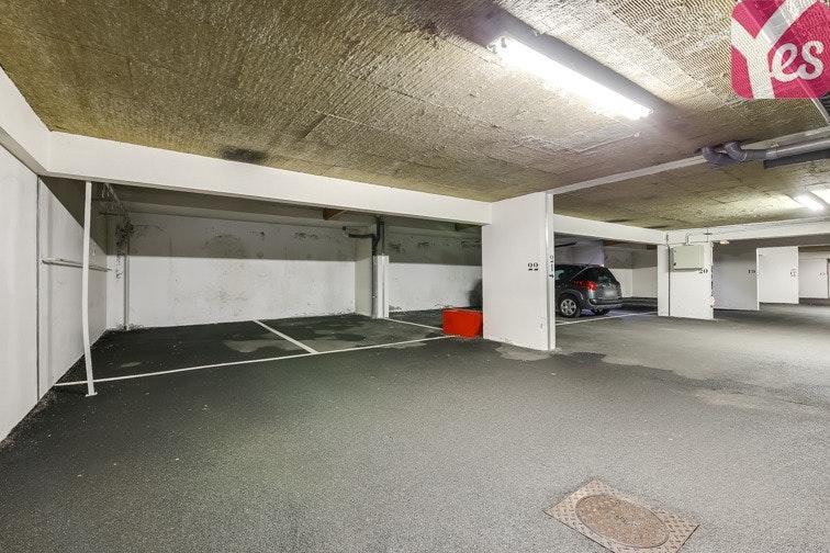 location parking riquier