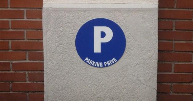 location parking zone tendue