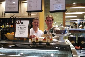 Grocery Café provides fresh, casual, local food