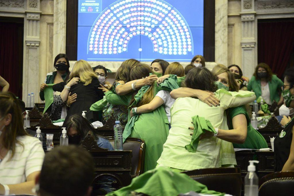 diputadas frente de todos votacion aborto legal