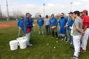 Francesco Marchi parla alla squadra