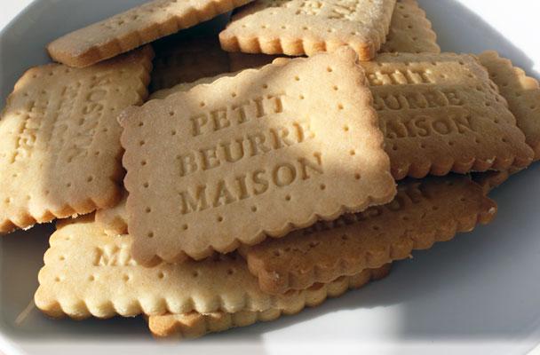 Biscotti-da-colazione-(petit-beurre)-ricetta-parliamo-di-cucina