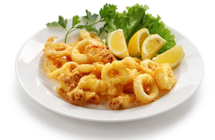 Calamari-fritti-al-profumo-di-limone-ricetta-parliamo-di-cucina