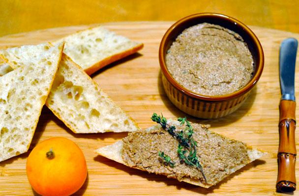 Pate-vegetariano-di-lenticchie-alle-noci-ricetta-parliamo-di-cucina