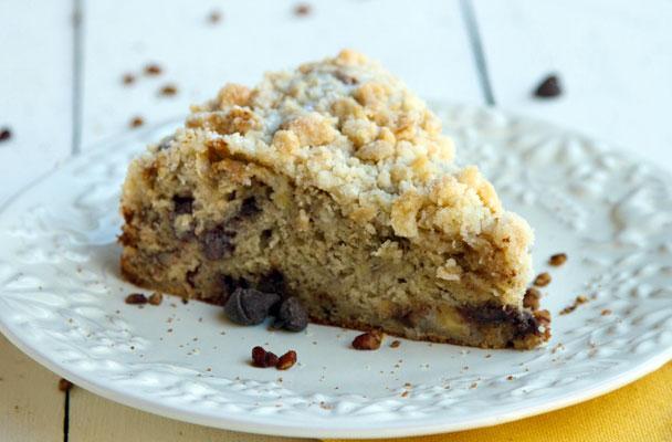 Torta-di-banane-e-cioccolato-con-crumble-al-cocco-ricetta-parliamo-di-cucina
