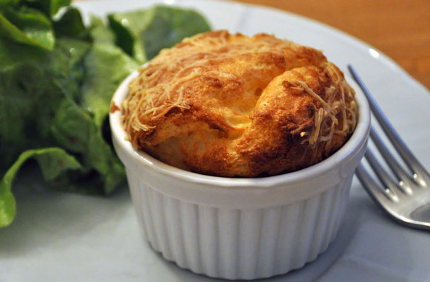 Soufflé-al-grana-padano-ricetta-parliamo-di-cucina