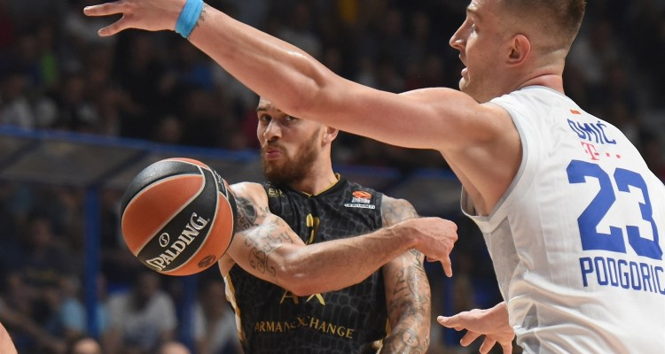 Mike James et Milan face au Real