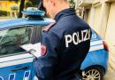 Strano via vai in strada Langhirano: fermato 23enne per spaccio