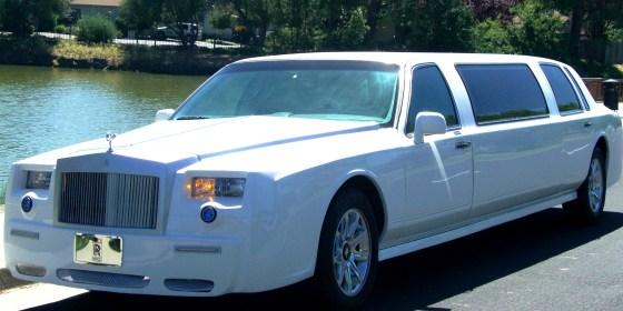 white limousine 2