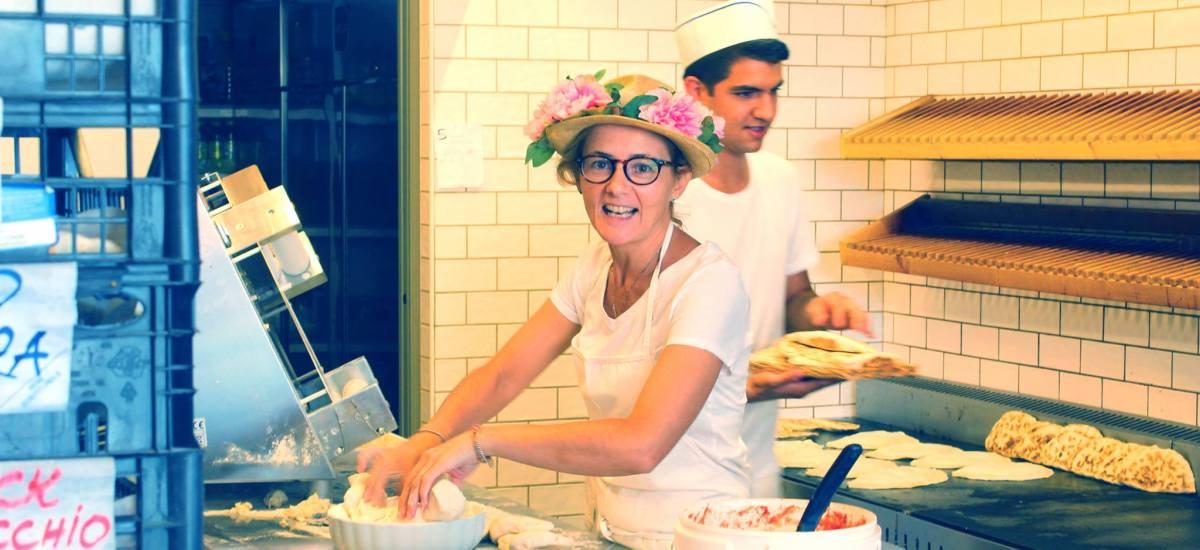 Piada e Cassoni dalla Lella: la piada migliore di Rimini   Romagna mia #3